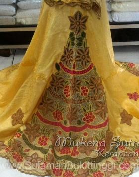 Mukena Sutra Kerancang Kuning Emas, mukena lebaran 2017